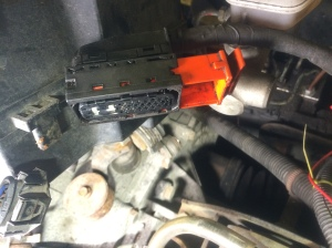 Kontakt avläsgsnad från ABS-pumpen