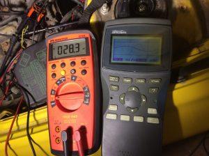 Mätning med multimeter och oscilloskop